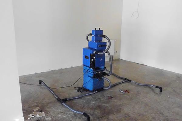Beispielbild 4 Geräte zur Wasserschadensanierung